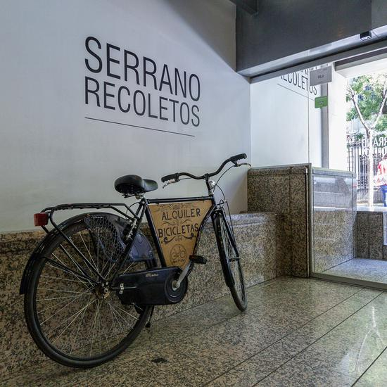 Bycicle rental apartamentos serrano recoletos madrid